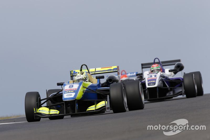 Alessio Lordani, Van Amersfoort Racing Dallara Volkswagen dan Wing Chung Chang, Fortec Motorsports D
