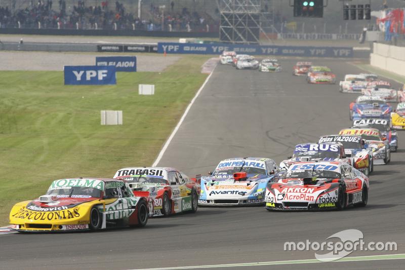 Nicolas Bonelli, Bonelli Competicion Ford, dan Mariano Altuna, Altuna Competicion Chevrolet, dan Gui