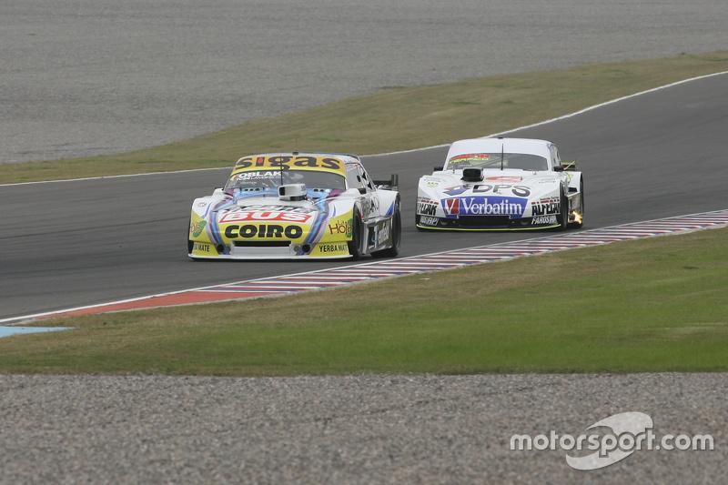 Mauricio Lambiris, Coiro Dole Racing Torino, dan Leonel Sotro, Alifraco Sport Ford