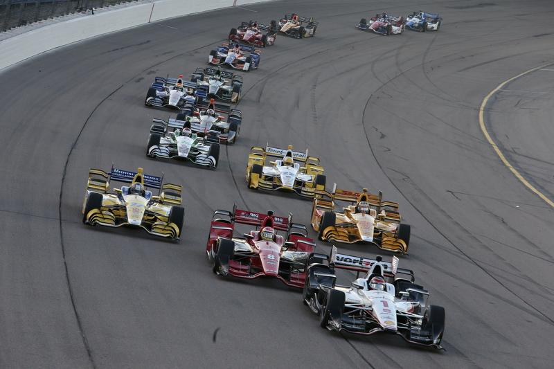 Will Power, Team Penske Chevrolet, dan Sage Karam, Chip Ganassi Racing Chevrolet, dan Marco Andretti, Andretti Autosport Honda