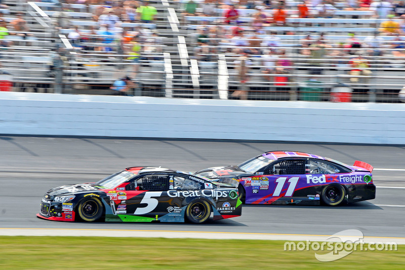 Kasey Kahne, Hendrick Motorsports Chevrolet and Denny Hamlin, Joe Gibbs Racing Toyota