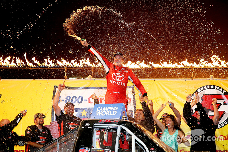 Juara balapan Christopher Bell, Kyle Busch Motorsports Toyota