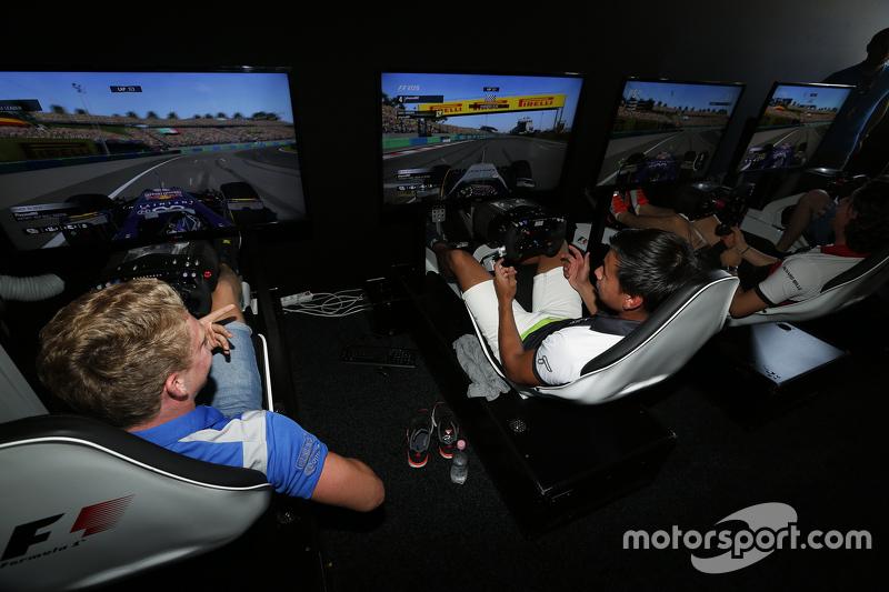 Mitchell Gilbert, Carlin, dan Sandy Stuvik, Status Grand Prix