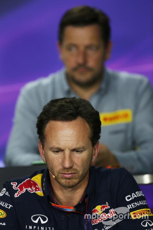 Крістіан Хорнер, Red Bull Racing Керівник команди на пресс-конференції FIA
