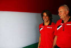 Roberto Merhi, Manor F1 Team with John Booth, Manor F1 Team Team Principal
