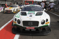#8 Bentley Team M-Sport Bentley Continental GT3: Максиміліан Бук, Andy Soucek, Maxime Soulet
