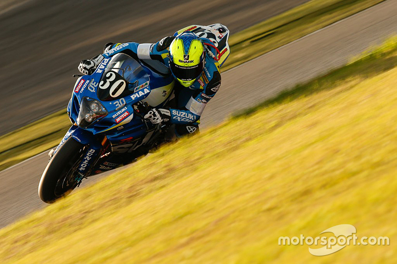 #30 Suzuki: Vincent Philippe, Anthony Delhalle, Etienne Masson