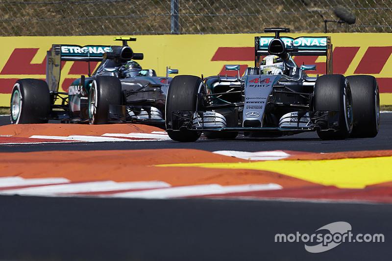 Lewis Hamilton, dan Nico Rosberg, Mercedes AMG F1 Team