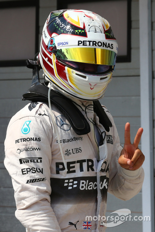 Pole position for Lewis Hamilton, Mercedes AMG F2