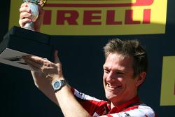 Джеймс Еллісон, Ferrari Технічний директор з шасі святкує на подіумі