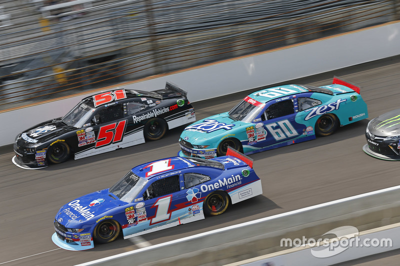 Jeremy Clements, Jeremy Clements Racing Chevolet, Chris Buescher, Roush Fenway Racing Ford and Elliott Sadler, Roush Fenway Racing Ford