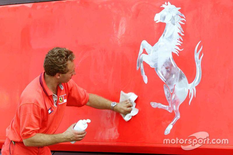 Ferrari monteur