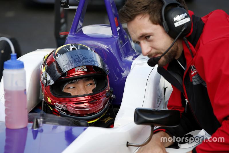 Zhi Cong Li, Fortec Motorsports Dallara Mercedes-Benz