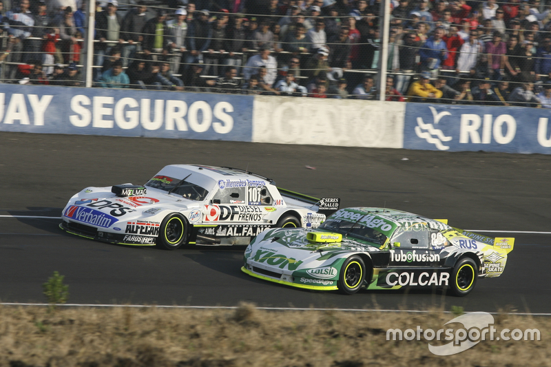 Leonel Sotro, Alifraco Sport Ford and Agustin Canapino, Jet Racing Chevrolet