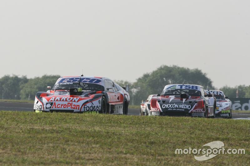 Guillermo Ortelli, JP Racing Chevrolet and Jose Manuel Urcera, JP Racing Torino