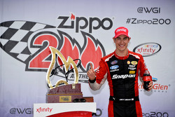 Race winner Joey Logano, Team Penske
