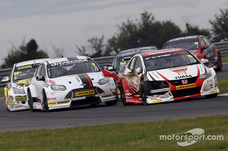 Matt Neal, Honda Racing Civic Type R, dan Mat Jackson, Motorbase Performance
