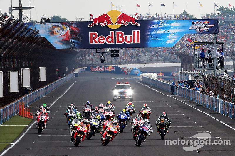 Start: Marc Marquez, Repsol Honda Team memimpin