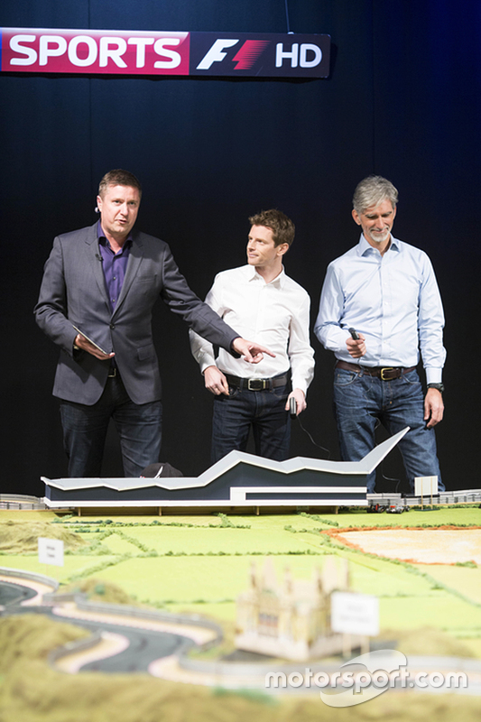 Мартін Брандл ultimate Scalextric circuit presented by Sky Sports Коментатори Ентоні Девідсон та Деймон Хілл
