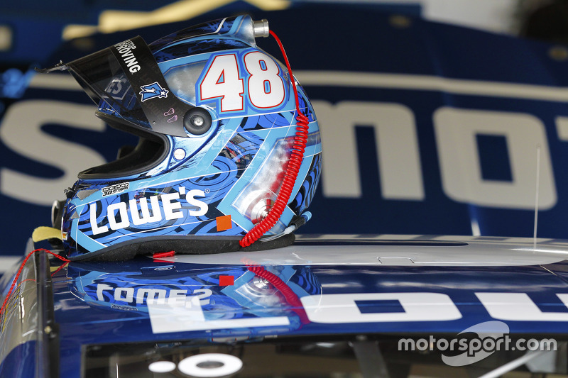 Helm Jimmie Johnson, Hendrick Motorsports Chevrolet