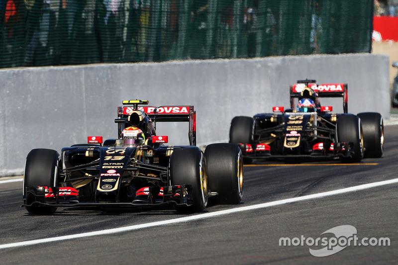 Пастор Мальдонадо, Lotus F1 E23 та Джоліон Палмер, Lotus F1 E23 Тестовий та резервний гонщик залишає