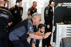 Dr. Vijay Mallya, Sahara Force India F1 Team Owner in the pits