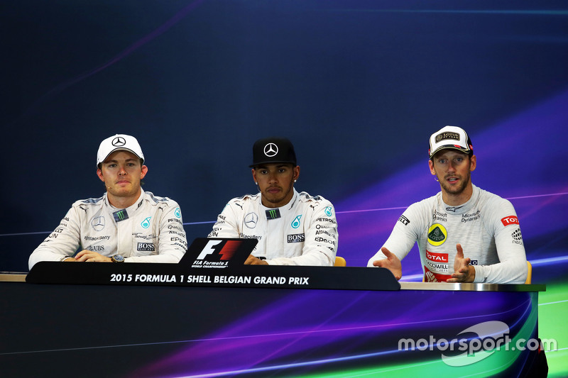The FIA Press Conference,: Nico Rosberg, Mercedes AMG F1, second; Lewis Hamilton, Mercedes AMG F1, r