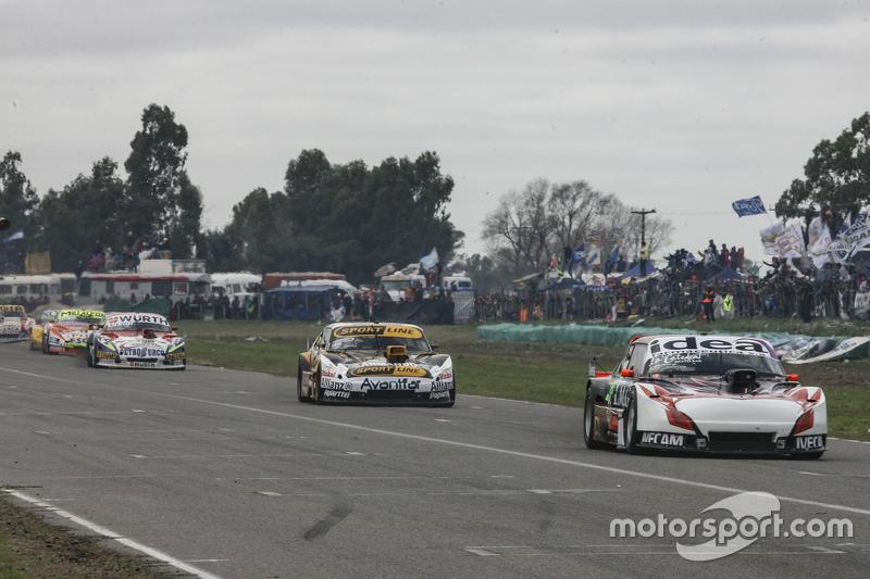 Norberto Fontana, Laboritto Jrs Torino, dan Leonel Pernia, Las Toscas Racing Chevrolet, dan Juan Mar