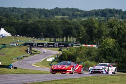 #63 Scuderia Corsa, Ferrari 458 Italia: Bill Sweedler, Townsend Bell; #25 BMW Team RLL, BMW Z4 GTE: