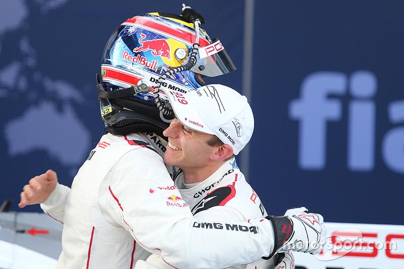 1. Mark Webber, Porsche Team, mit Teamkollege Timo Bernhard