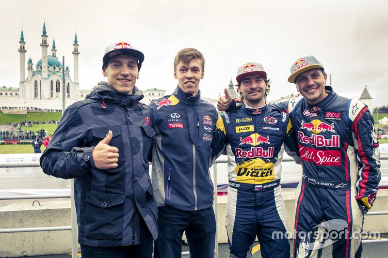Aras Gibieza and Daniil Kvyat, Red Bull Racing and Timur Timerzyanov and Nikita Shikov