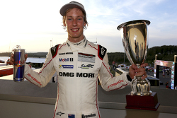 Ganador de la carrera Brendon Hartley, Porsche Team