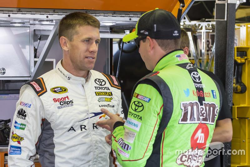 Карл Едвардс, Joe Gibbs Racing Toyota та Кайл Буш, Joe Gibbs Racing Toyota