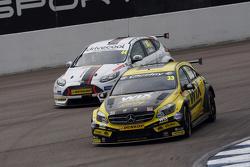 Adam Morgan, WIX Racing Mercedes Benz A-Class та Джеймс Коул, Motorbase Performance Ford Focus
