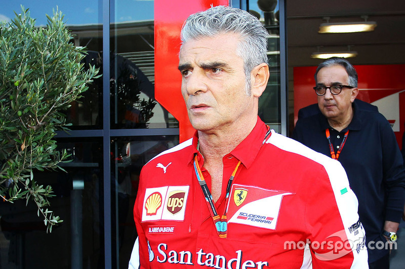 Maurizio Arrivabene, Ferrari Takım Patronu ile Sergio Marchionne, Ferrari Başkanı ve Fiat Chrysler O