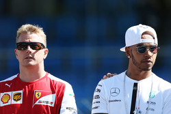 Kimi Raikkonen, Ferrari and Lewis Hamilton, Mercedes AMG F1