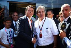 Matteo Renzi, Primo Ministro Italianoa con Pasquale Lattuneddu della FOM