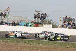 Факундо Ардуссо, Trotta Competicion Dodge та Гастон Маццакане, Coiro Dole Racing Chevrolet та Мауро Галломбардо, Maquin Parts Racing Ford