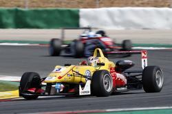 Antonio Giovinazzi, Jagonya Ayam with Carlin Dallara Volkswagen and Nick Cassidy, Prema Powerteam Da