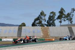 Julio Moreno, ThreeBond with T-Sport Dallara NBE and Raoul Hyman, Team West-Tec F3 Dallara Mercedes-
