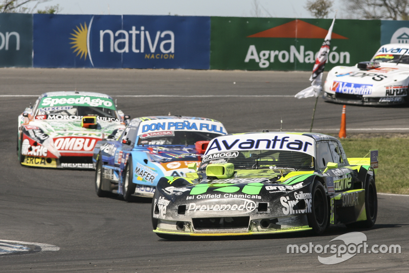 Mauro Giallombardo, Maquin Parts Racing Ford ve Martin Ponte, Nero53 Racing Dodge ve Facundo Ardusso