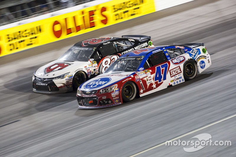 Метт ДіБенедетто, BK Racing Toyota та Ей-Джей Олмендінгер, JTG Daugherty Racing Chevrolet