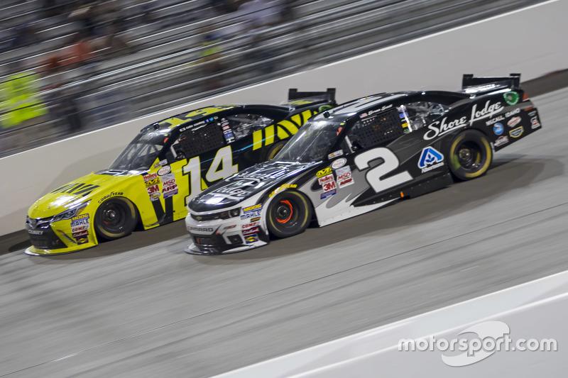 Cale Conley, TriStar Motorsports Toyota та Брайн Скотт, Річард Чілдресс Racing Chevrolet