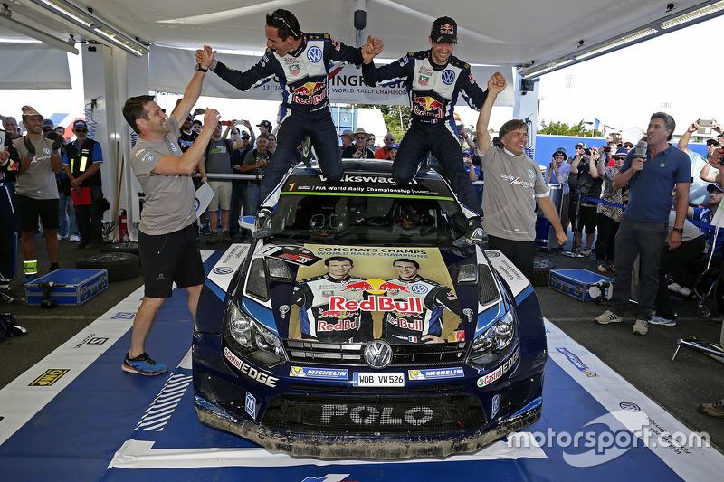 1. und Rallye-Weltmeister 2015: Sébastien Ogier und Julien Ingrassia, Volkswagen Polo WRC, Volkswagen Motorsport