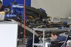 Sauber C34, dettaglio presa dinamica del motore