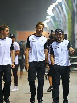 ستوفيل فاندورن، سائق الإختبارات والسائق الإحتياطي في فريق مكلارين مع جنسن باتون، مكلارين وفرناندو ألونسو، مكلارين