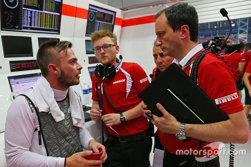 Will Stevens, Manor F1 Team, mit Gianluca Pisanello, Manor F1 Team, Chefingenieur