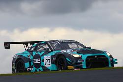 #173 Always Evolving Racing Nissan GT-R Nismo GT3: Шон Уокіншоу, Мартін Плоумен, Craig Dolby