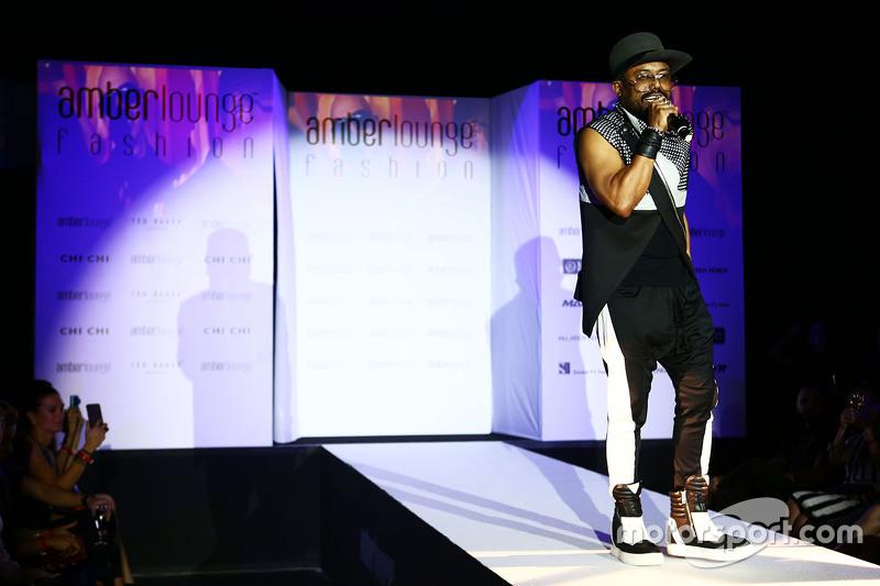 Apl.de.ap, Black Eyed Peas Sänger, bei der Modenschau Amber Lounge