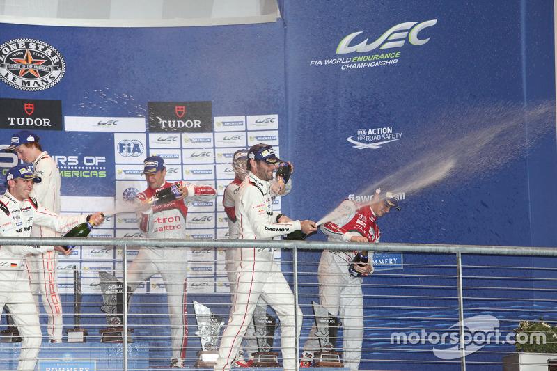 Podium: race winners Timo Bernhard, Mark Webber, Brendon Hartley, Porsche Team, second place Marcel Fässler, Andre Lotterer, Benoit Tréluyer, Audi Sport Team Joest, third place Lucas di Grassi, Loic Duval, Oliver Jarvis, Audi Sport Team Joest